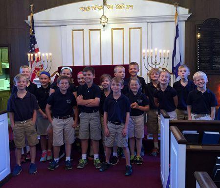 St. Joseph Westphalia School 2nd Grader tour Temple Beth El